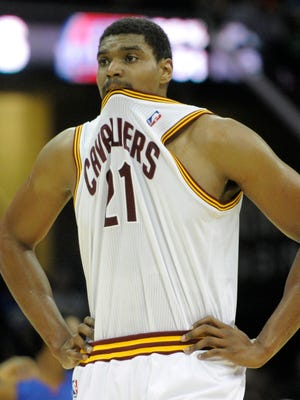 Andrew Bynum is on his way to Chicago.
