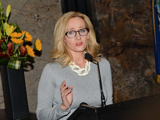 AP J.K. ROWLING TO LIGHT EMPIRE STATE BUILDING A ENT USA NY