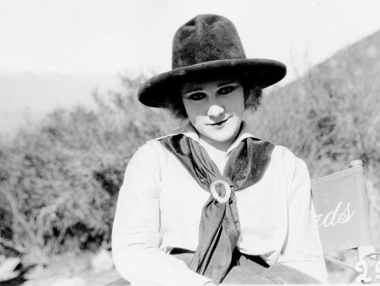 "Louise Lovely in Palm Springs filming ""The Lone Star"