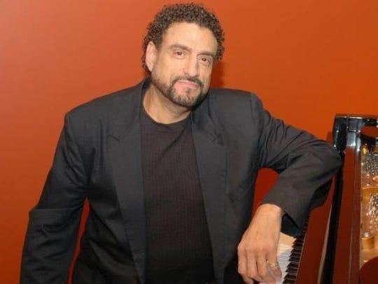 Jose Gomez performs Saturday at Appleumpkin Days.