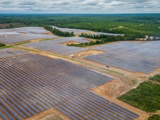 636573291529580047-Hattiesburg-American---Lamar-solar-2.jpg