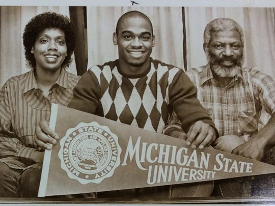 Courted by dozens of major Division-I programs, James Moore choose Michigan State University. The former Sexton star signed with the Spartans with his parents, Linda and Cleveland Moore, by his side.