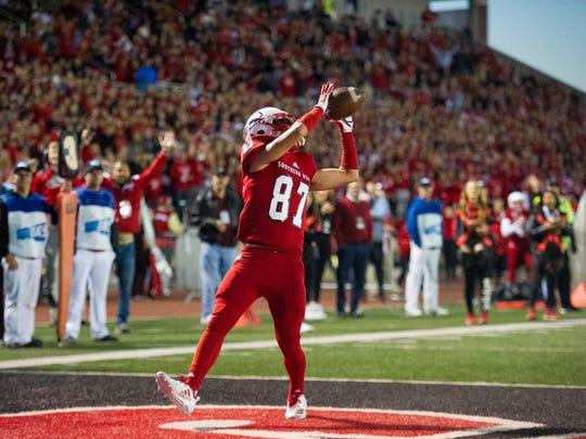 Southern Utah University's Austin Ewing (87) catches
