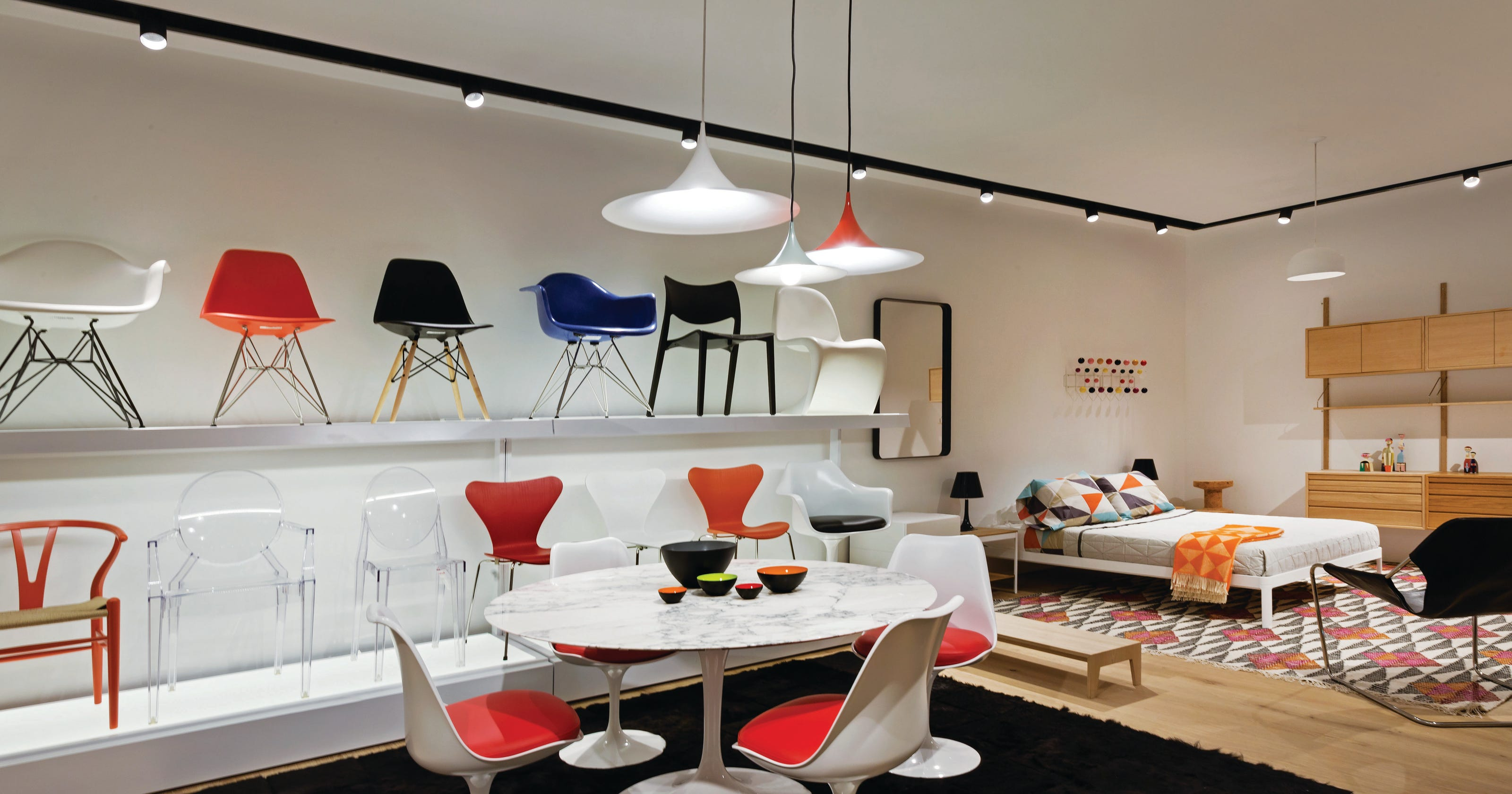 Design Within Reach Opens Scottsdale Store