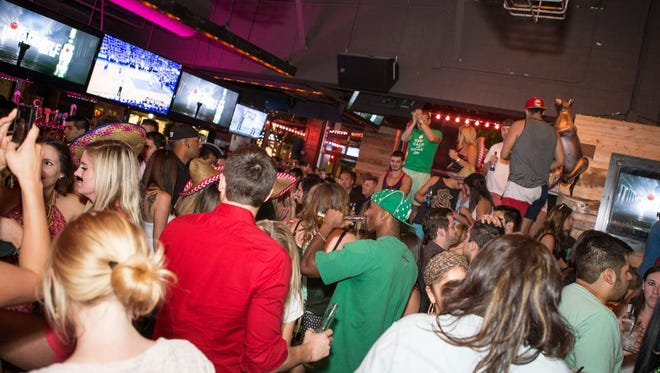 The Scottsdale El Hefe location has a bash olanned for New Year's Eve 2016.