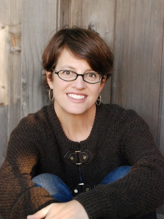 Author photo credit Betsy Barnes