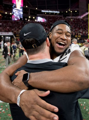 Alabama linebacker Shaun Dion Hamilton (20) celebrates the Alabama win over Georgia in the College Football Playoff National Championship Game in the Mercedes Benz Stadium in Atlanta, Ga., on Monday January 8, 2018. (Mickey Welsh / Montgomery Advertiser)
