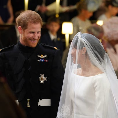 Prince Harry mouthed 'You look amazing' to Meghan Markle and Twitter swooned