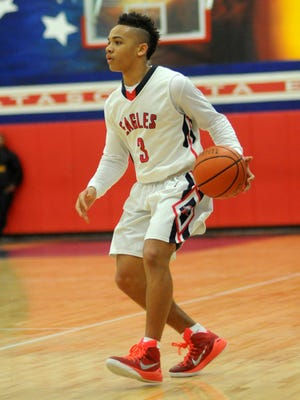 Atascocita (Humble, Texas) point guard Carsen Edwards committed to Purdue on Tuesday.