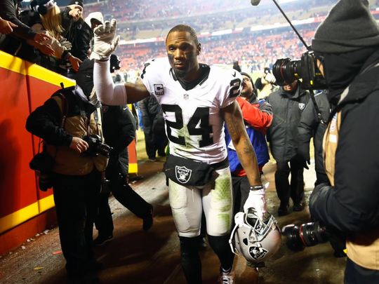 Charles Woodson with the Raiders.