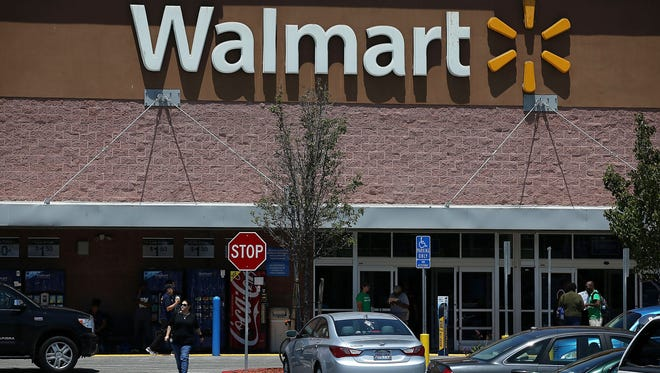 Wal-Mart is boosting worker pay in Iowa and across the nation.