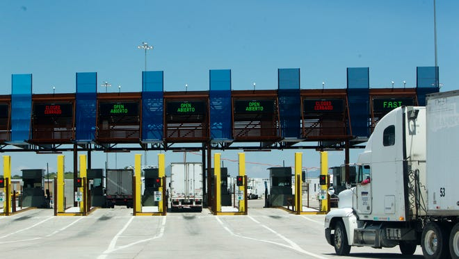 The roads connecting the Mariposa port to Interstate 19 are congested, making Arizona less attractive for border trade.