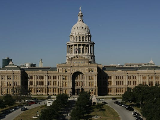 92094576-State-capitol.JPG