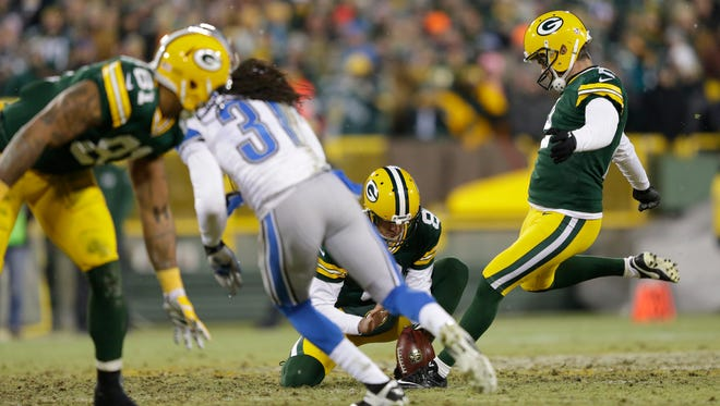 Green Bay Packers kicker Mason Crosby has his field goal attempt blocked in the fourth quarter.