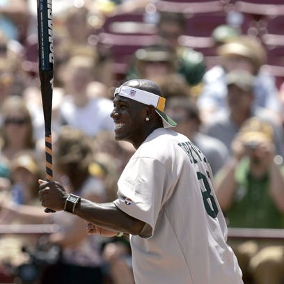 Donald Driver softball game lineup includes former Packers, celebrities
