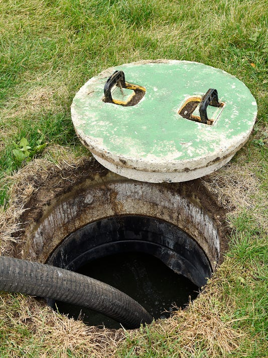 635824003387618717-Septic-Tank-Inspect-7
