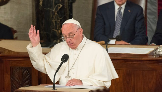 Pope Francis speaking to Congress.