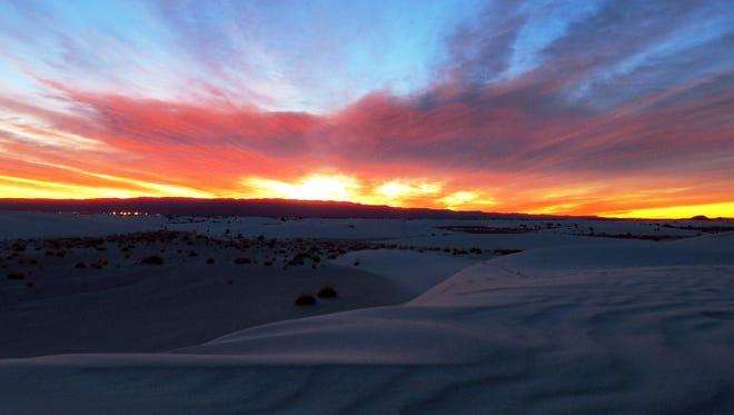 White Sands National Monument offers the Sunset Stroll, a leisurely, ranger-guided stroll through the startling white of the gypsum sand dunes.