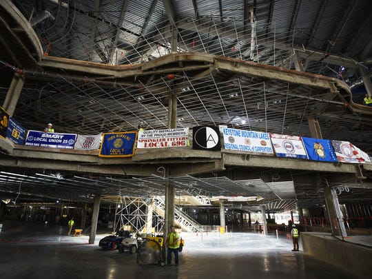 Photo of various banners at the site between Arrival and Entry to park and NHL Regulation Ice Rink at the American Dream project in East Rutherford on 08/28/18.