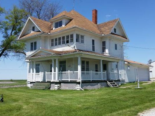 636488434660668895-farmhouse1.jpg