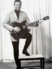 He wants ta boogie: Sonny Burgess.