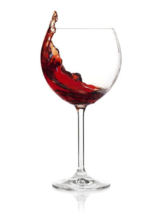 -POUBrd_12-09-2012_Daily_1_I002~~2012~12~06~IMG_wine_glass-flopped.j_1_1_122.jpg