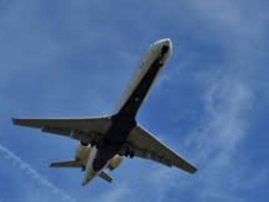 635707785428087417-plane