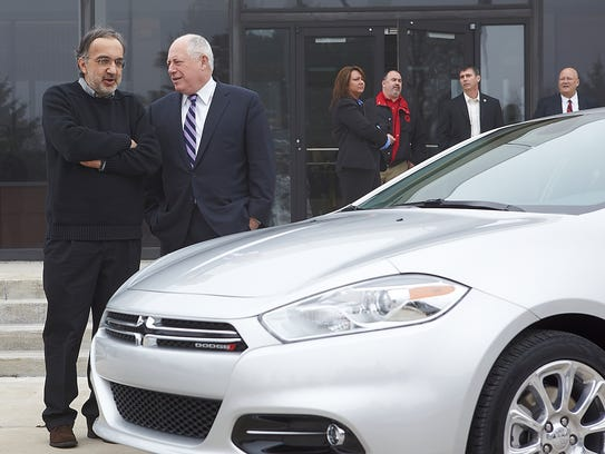Chrysler Group Chairman and CEO Sergio Marchionne (left)