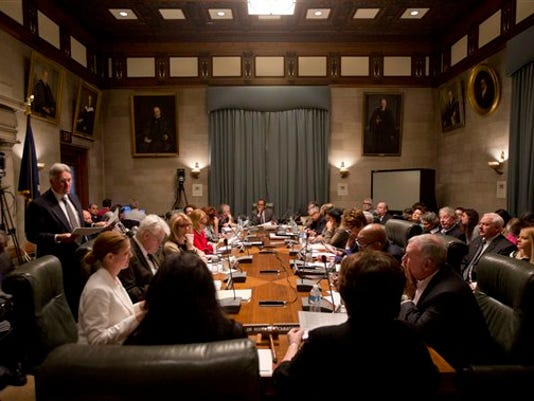 636092829653111442-Board-of-Regents-meeting-AP-2016.jpg