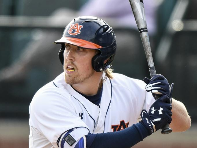 Auburn's Daniel Robert extended his on-base streak to 24 games with three hits, including a three-run double against Samford on Tuesday.