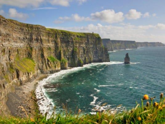 Ireland_CliffsofMoher_istock