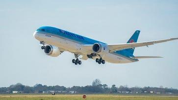 Korean Air shows off new Boeing Dreamliner in South Carolina