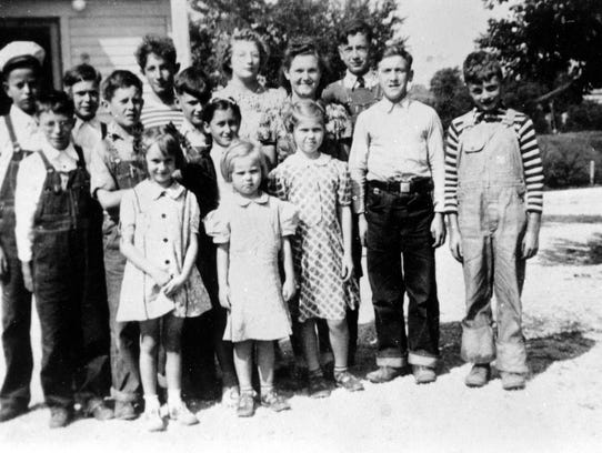 Lime Ridge School Group – 1934