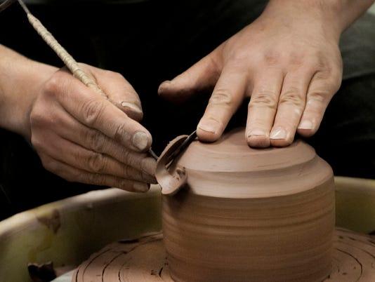 636148959772936119-Monday-Beginning-Ceramics-B-1200x797.jpg