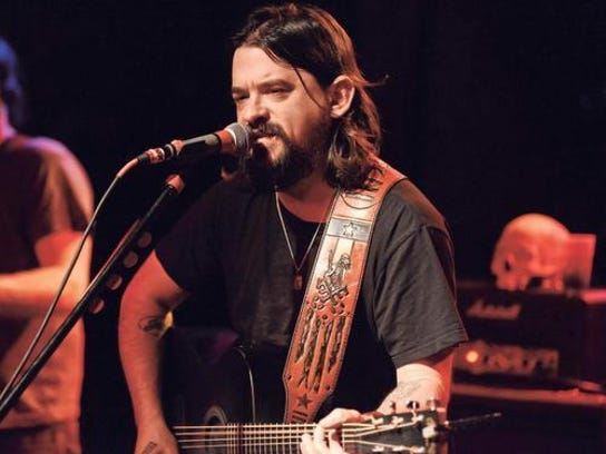 Shooter Jennings will perform with Waymore's Outlaws