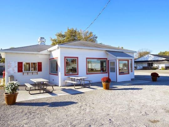 Goldie's Ice Cream Shoppe in Prairie City.