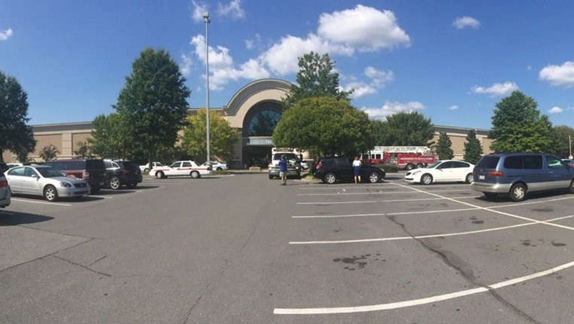 shots fired near charlotte mall third time in 9 months. Black Bedroom Furniture Sets. Home Design Ideas