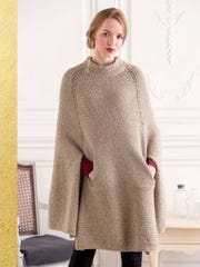 With this Shinshiro cape knitted in a nice warm yarn,