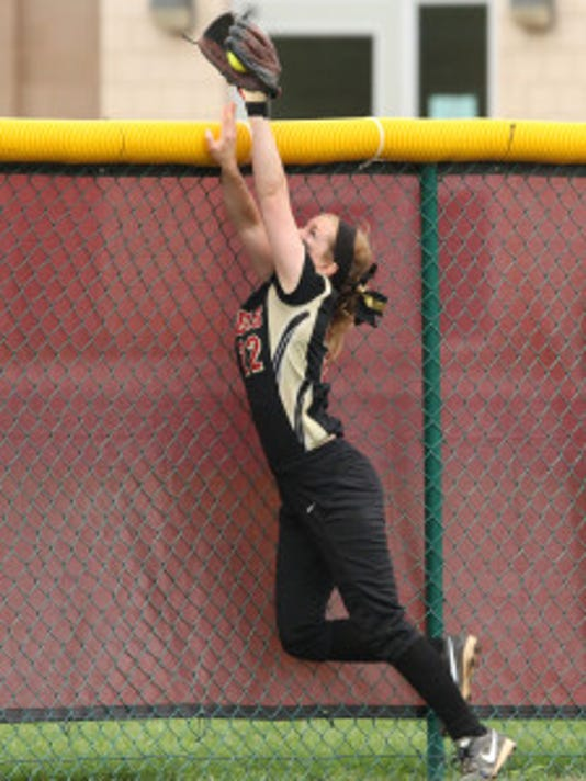 Hillsborough's Kelly Amen makes a game-saving catch, robbing a grand slam in the sixth inning of last year's SCT semifinals
