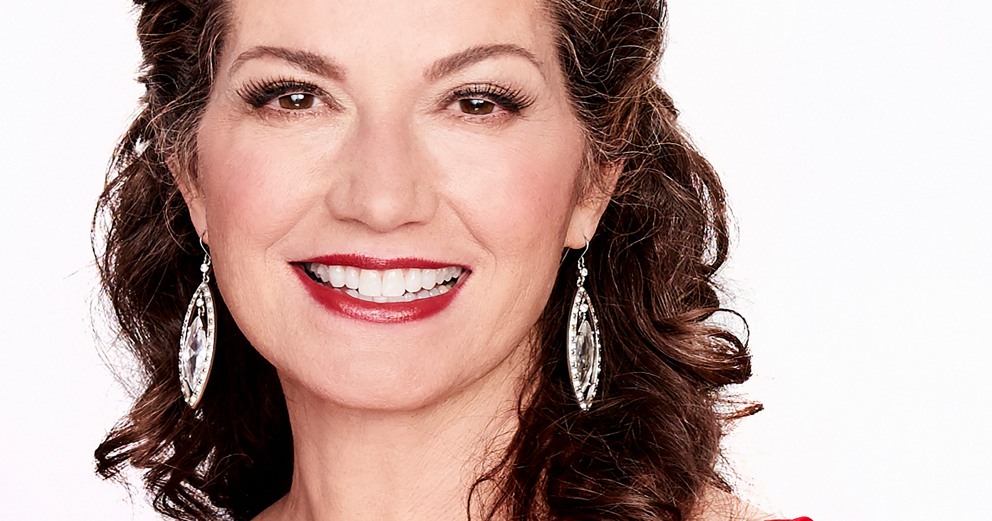 Amy Grant takes a contemplative look at Christmas; in Phoenix 11/13 ...