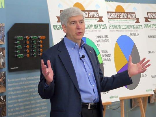 Gov. Rick Snyder speaks about energy at the Detroit