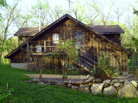 whiterock.Woodland Carraige House.JPG