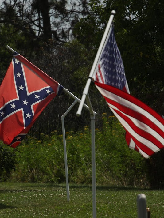 7fccce8bf83 Confederate flag-wavers say they re proud