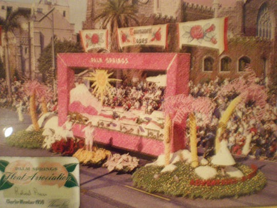 """1959 Palm Springs """"Tournament of Roses"""" float."""