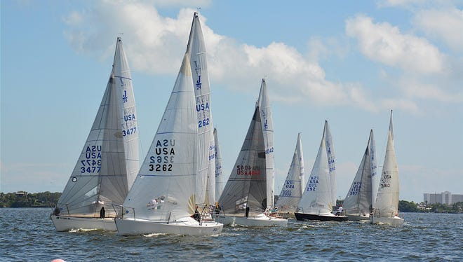 The 2017 J24 Midwinter Championships wil be held on the Indian River near Melbourne this weekend. This will be the first Midwinter Championships to be held here in more than a decade. These photos show a prior race held on the Indian River.