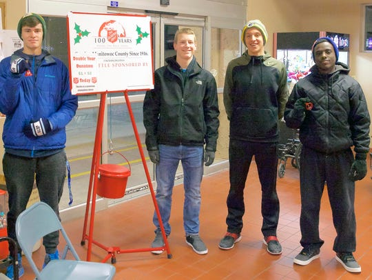 Manitowoc Roncalli Catholic High School students participate