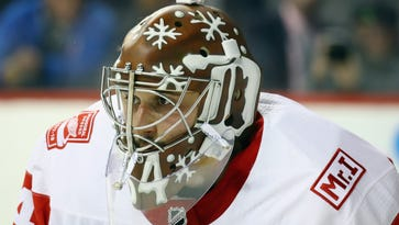 Flyers get goalie help from Detroit, acquire Petr Mrazek