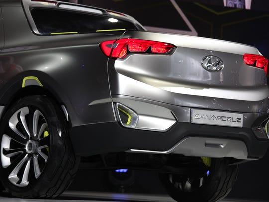 Hyundai  Santa Cruz Crossover Truck concept is introduced