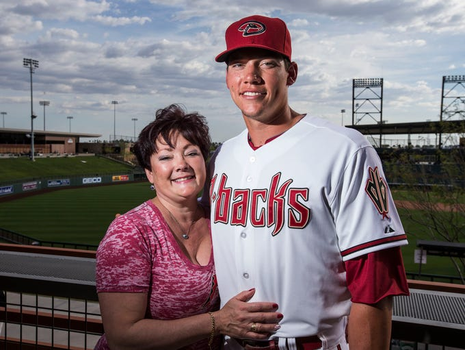 Arizona Diamondbacks catcher Peter O'Brien and mother