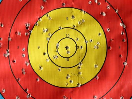 635690402811836228-09-053015-Archery
